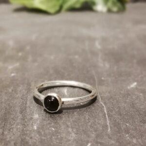 Small Dot Onyx